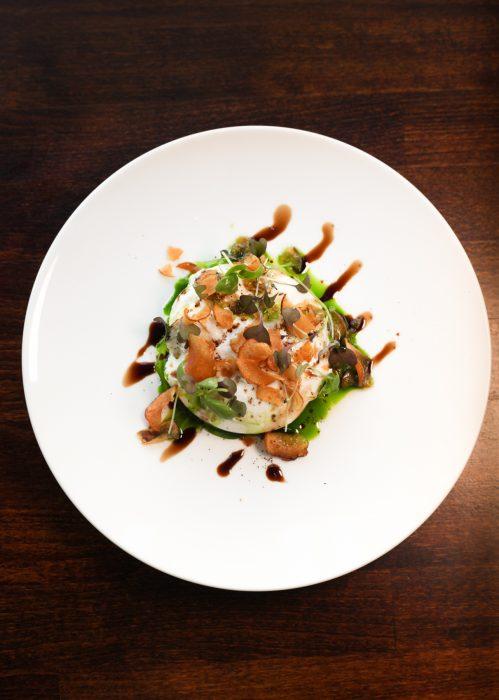 Burrata, caramelised Jerusalem artichoke compote, pickled mushrooms